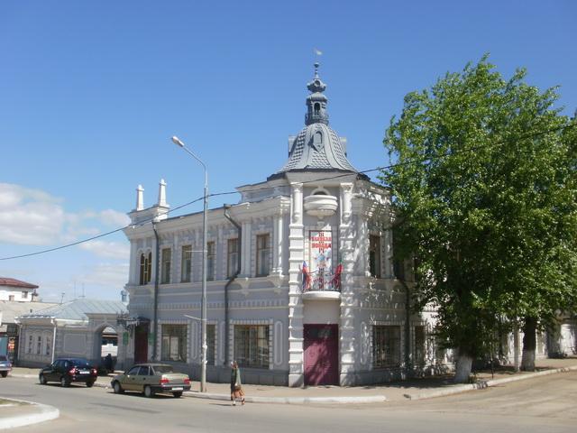 Центральная детская библиотека. Дом Мельникова